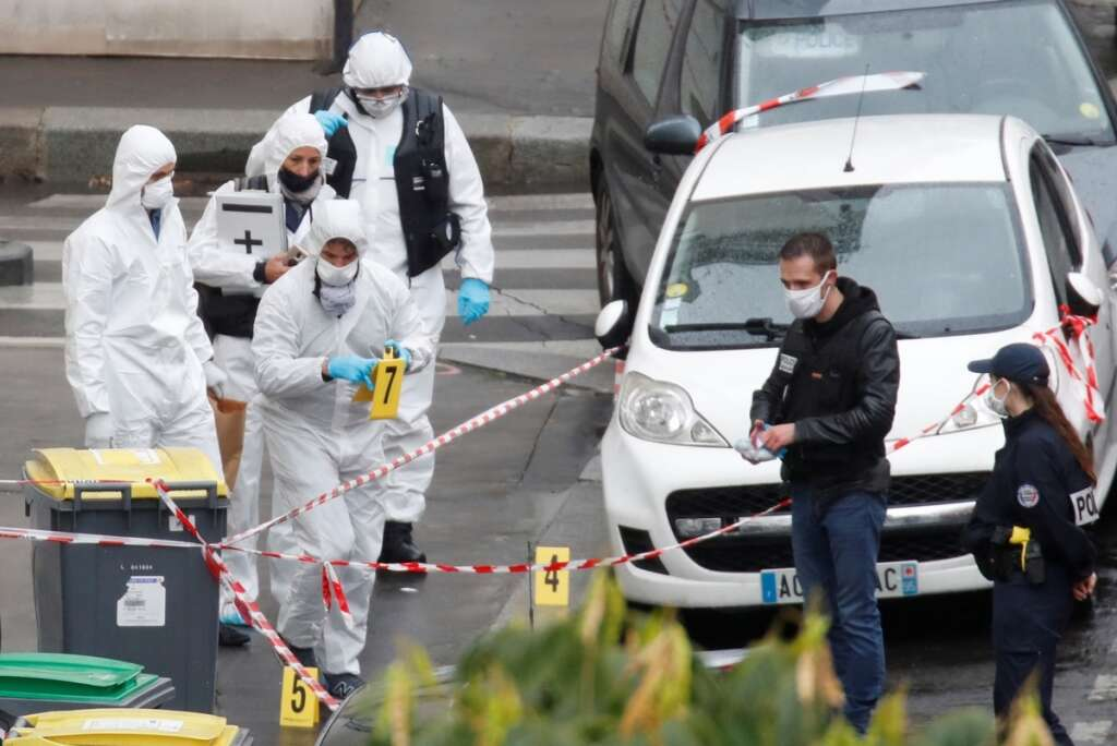 paris, attack, terrorism, charlie hebdo, meat cleaver, two wounded