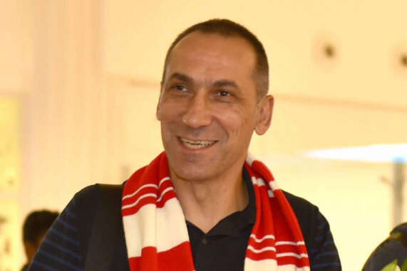 Donis arrives to take charge of Al Sharjah
