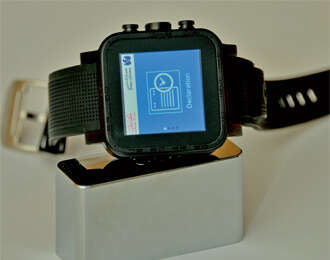 Dubai Customs services on smart watches now
