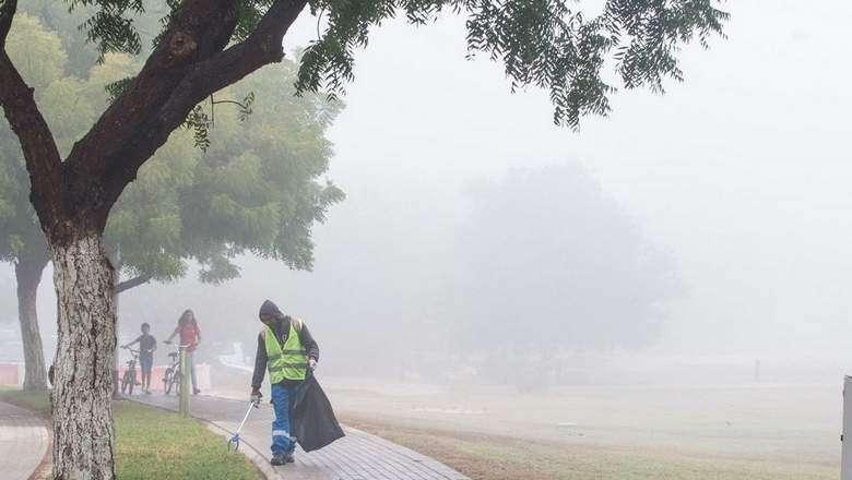 Fog, dusty weather forecast for UAE; chance of rain