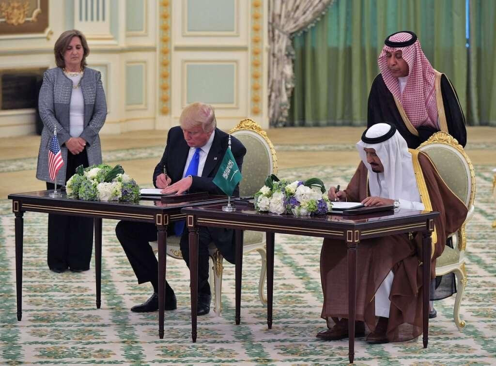 Trump signs $380 billion military deals with Saudi Arabia