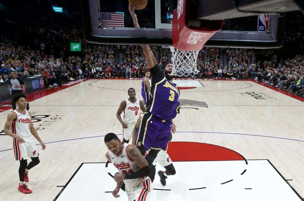 Davis Shines As Lakers Blast Blazers News Khaleej Times