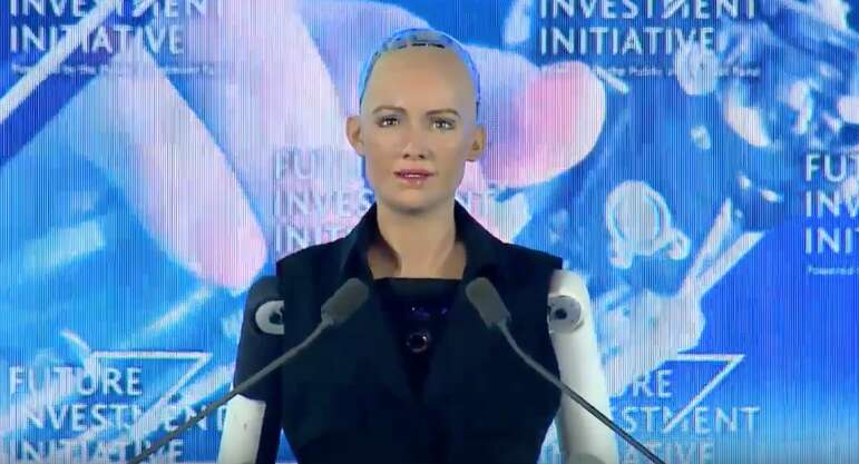 Video: Sophia becomes first robot to receive Saudi citizenship