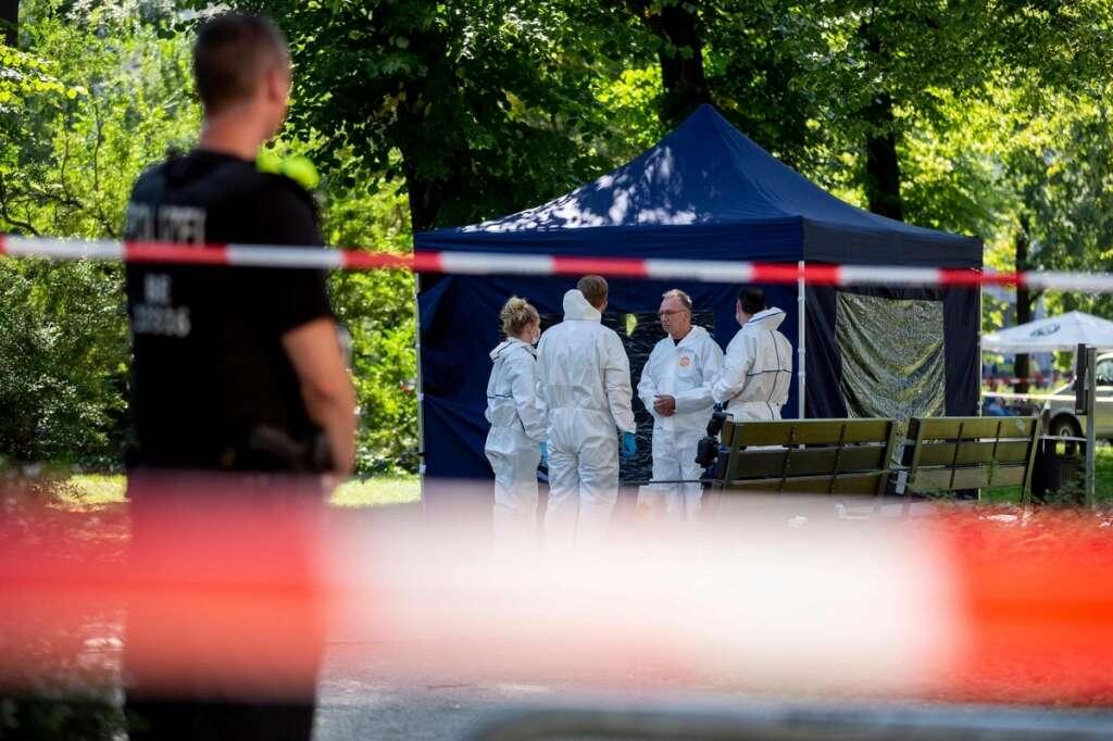 Germany, expels, Russian, diplomats, Berlin murder, Chechen, rebel commander,