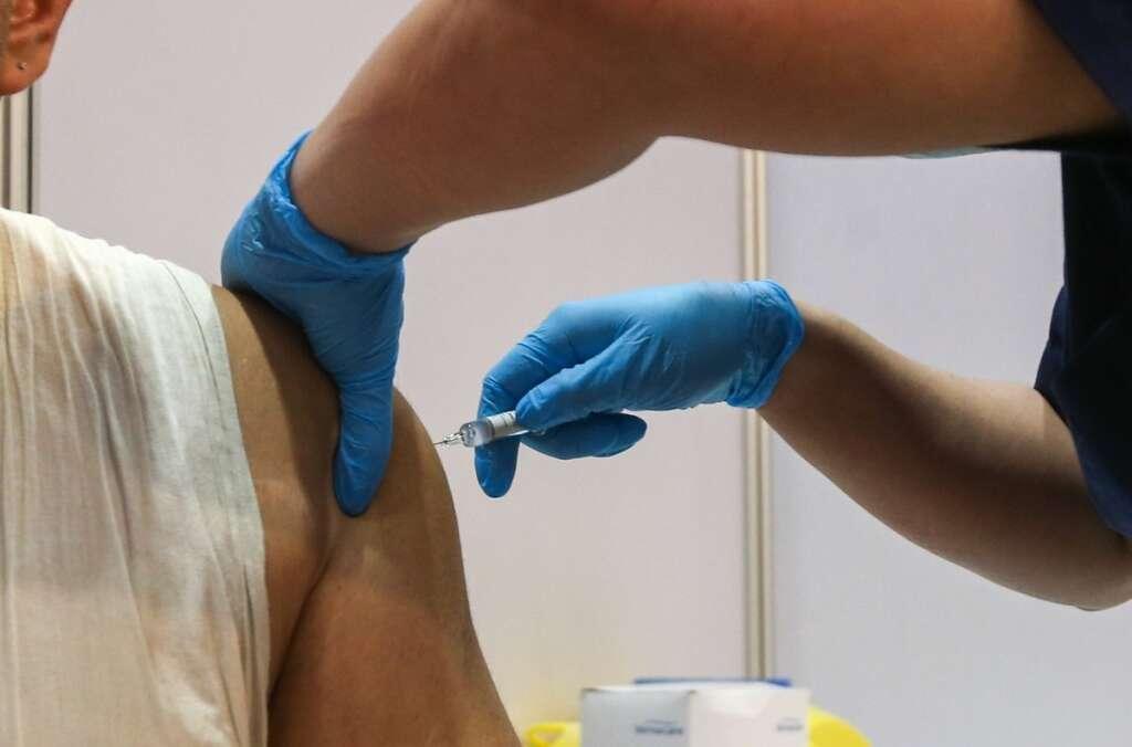 31,000 volunteers, Covid-19, vaccine trials, closed, new registrations