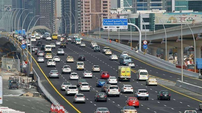 Dubai residents, pay, traffic fines, vehicles tested, registration renewal