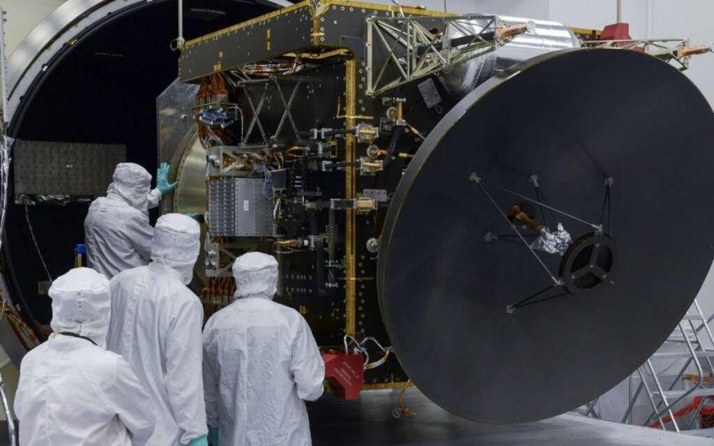 Mars, catch, UAE Hope probe, launch, live