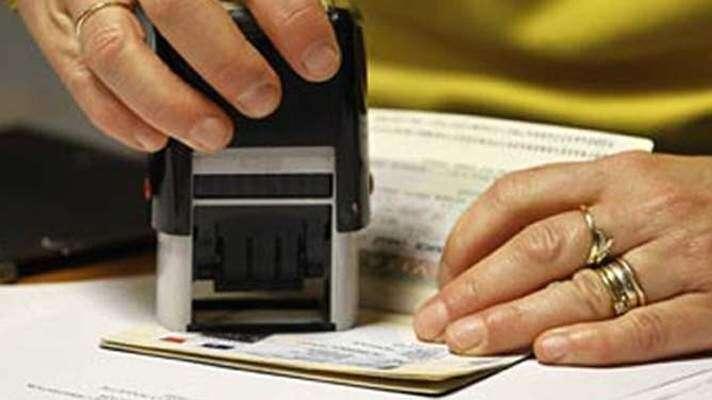 Working on visit visa in UAE is illegal
