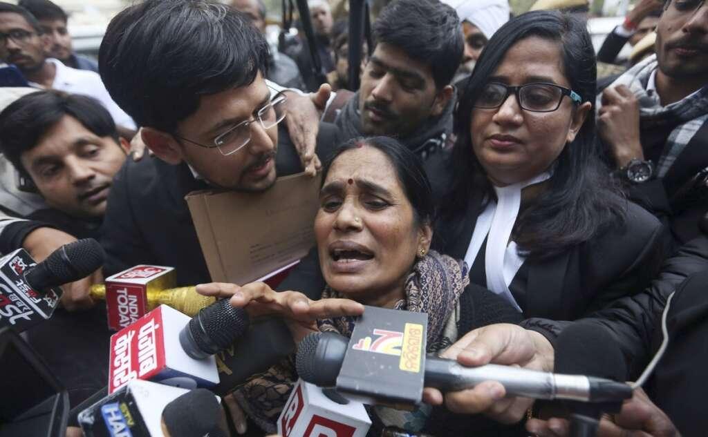 Nirbhaya, convicts, hanged, together, Delhi High Court