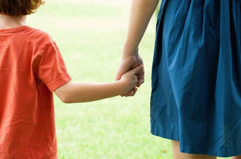 Child, custody, UAE, mother, dispute, Federal Law, Personal Status Law