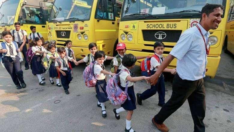 60%, UAE parents, ready, send kids, school, Survey