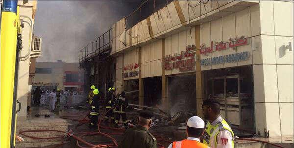 Watch: 16 shops gutted in Abu Dhabi municipality souq fire - Khaleej