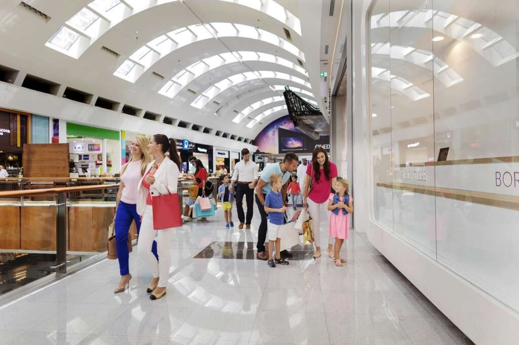 Dubai sale, fashion, gold, jewellery, shopping in Dubai, Damas, Jawhara Jewellery, Koraba Jewellery, Joy Alukkas, Malabar Gold & Diamonds, Carrefour, Lulu Hypermarket, Choithrams, Union Coop, Nike, Under Armour, Adidas, Reebok