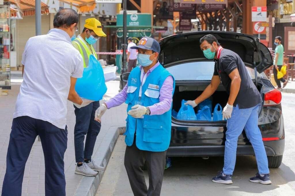 Combating, covid19, coronavirus, campaign, distributes, 500,000, free meals, Dubai