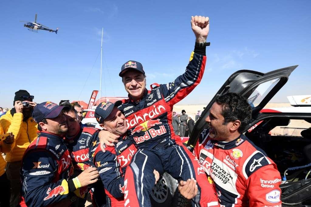Sainz clinches Dakar, Alonso finishes 13th