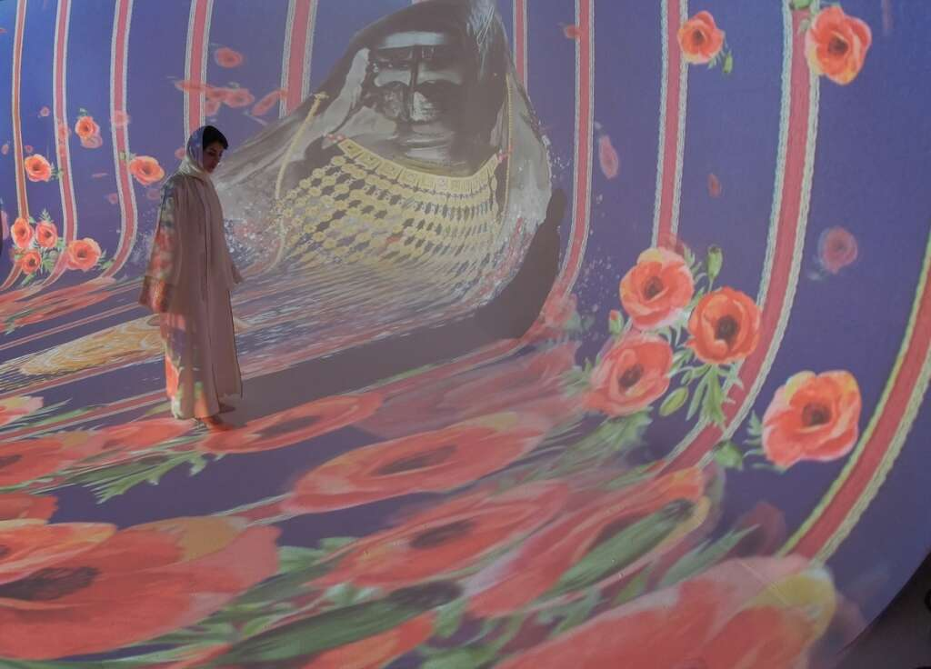 Emirati artist Ashwaq Abdulla hosts first digital exhibition (https://images.khaleejtimes.com/storyimage/KT/20200913/ARTICLE/200919522/V2/0/V2-200919522.jpg&MaxW=300&NCS_modified=20201027122715