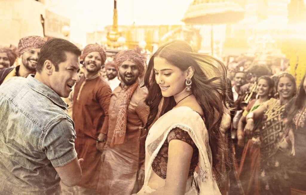 Dabangg 3 review, Chulbul Pandey, Salman Khan, Kichcha Sudeep, Sonakshi Sinha, Arbaaz Khan, Mahesh Manjrekar, Saiee Manjrekar , Review, movie, Bollywood