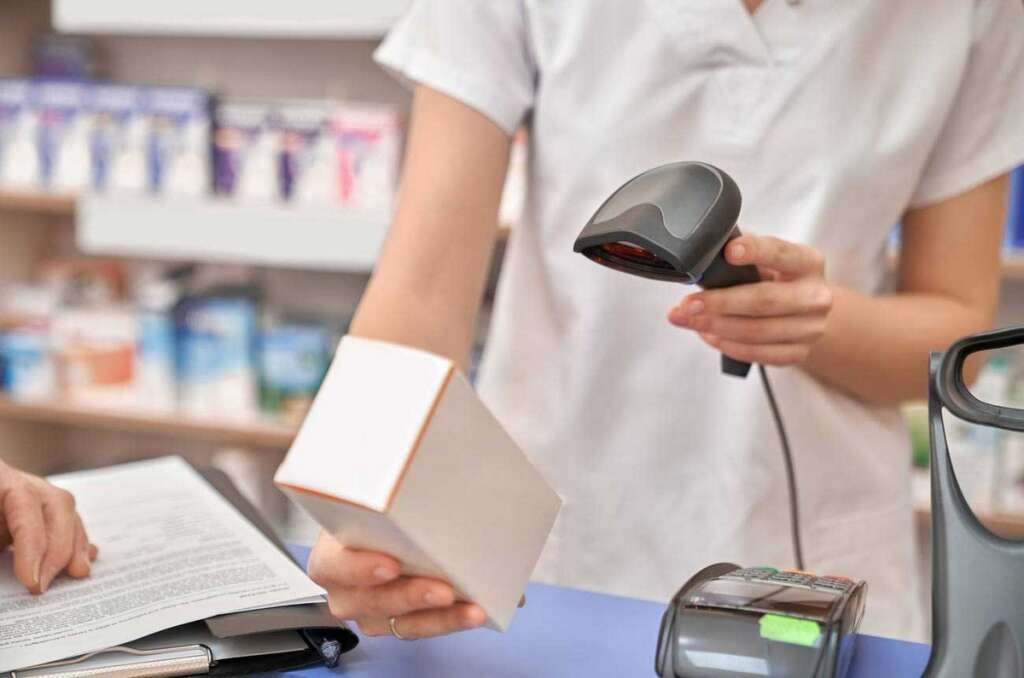 Smartphone, New UAE app, detect, fake medicines, Federal National Council