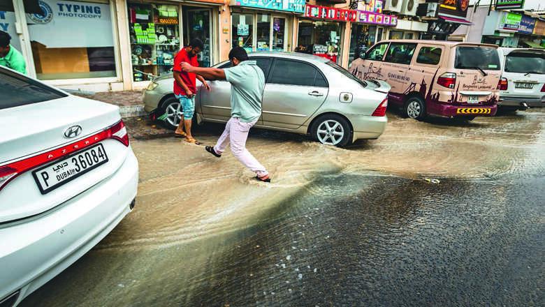 heavy rains, second day, dubai, rain