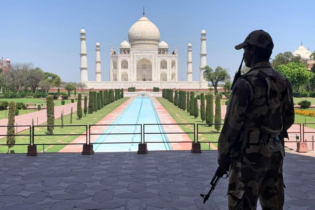 Taj Mahal, Red Fort