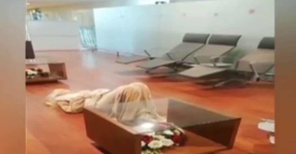 PIA flight, Manchester, Islamabad, US woman, Pakistan blacklist