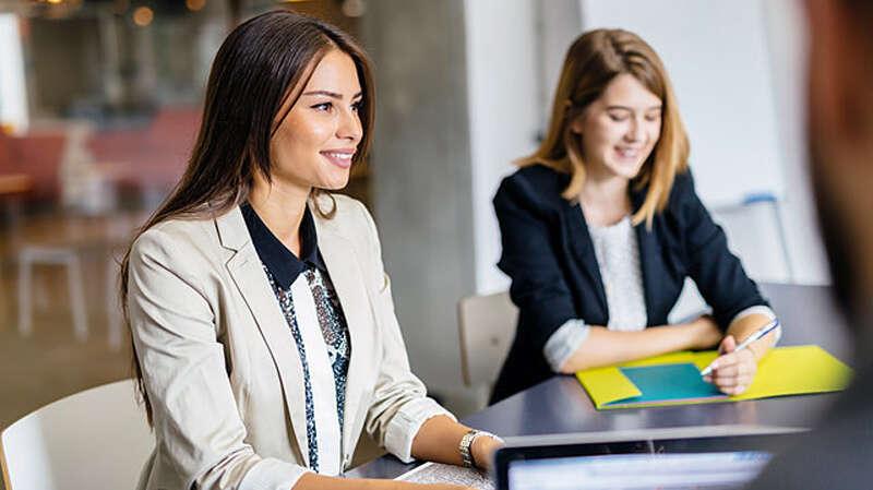 6 things to consider before landing in Dubai for job hunt