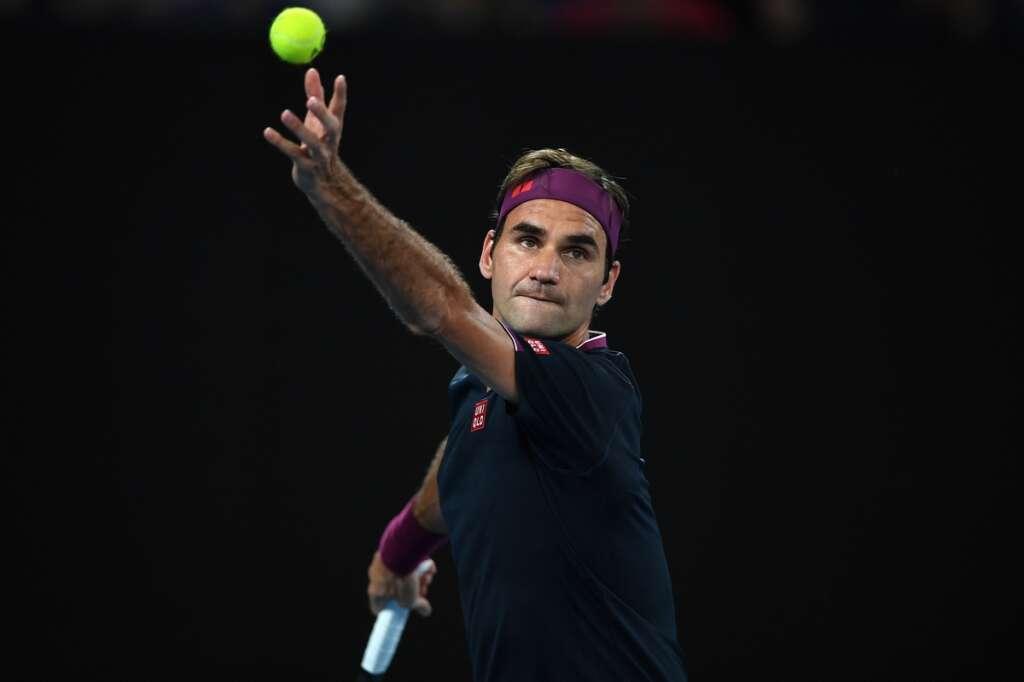 Serena, Federer adnavance; Osaka sets up Coco crunch