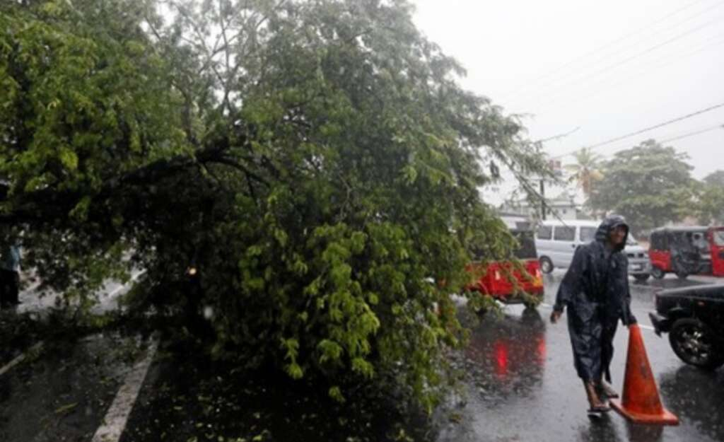 Tropical storm kills four in Sri Lanka, over 10,000 affected
