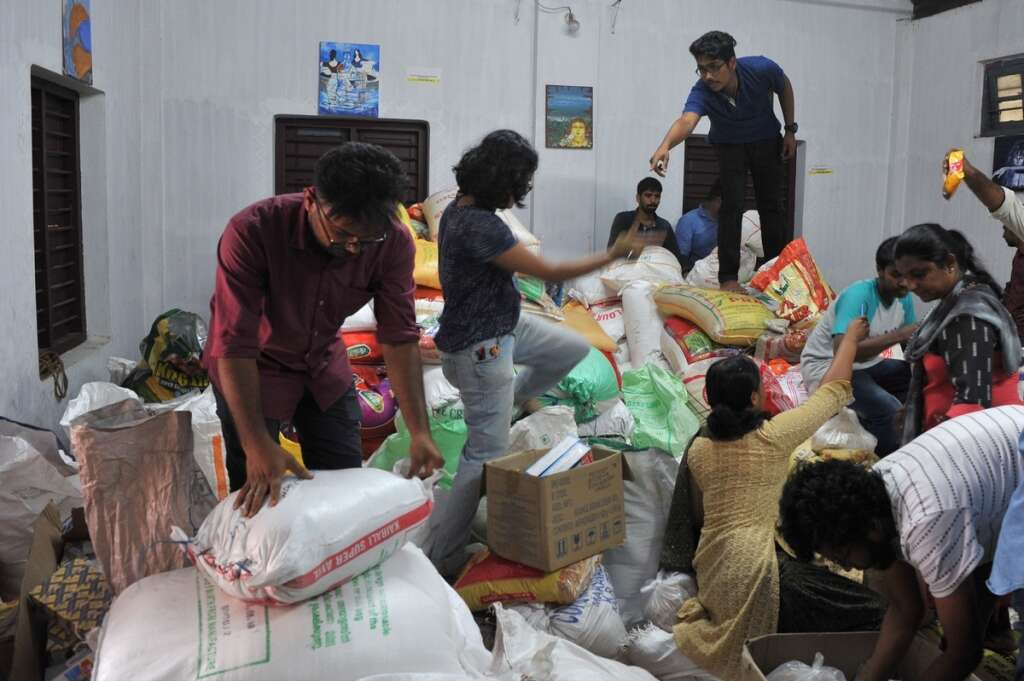 Kerala flood: NGOs step in to help victims - Khaleej Times