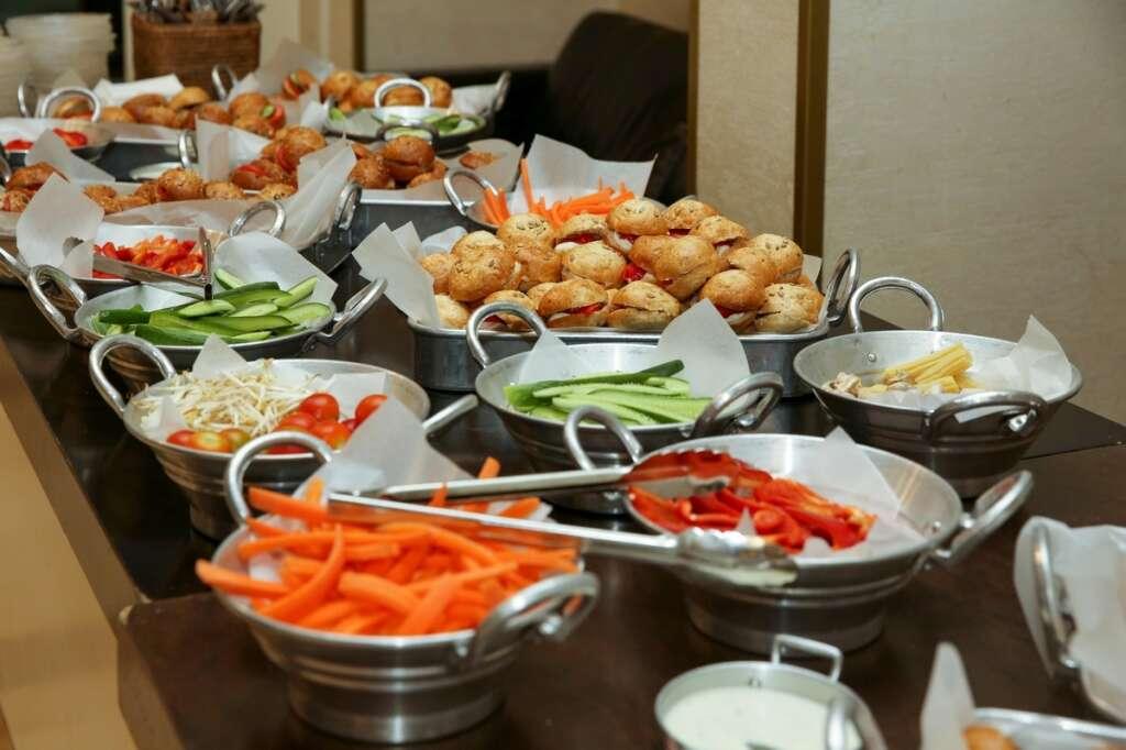 UAE hotels, business travellers, weddings