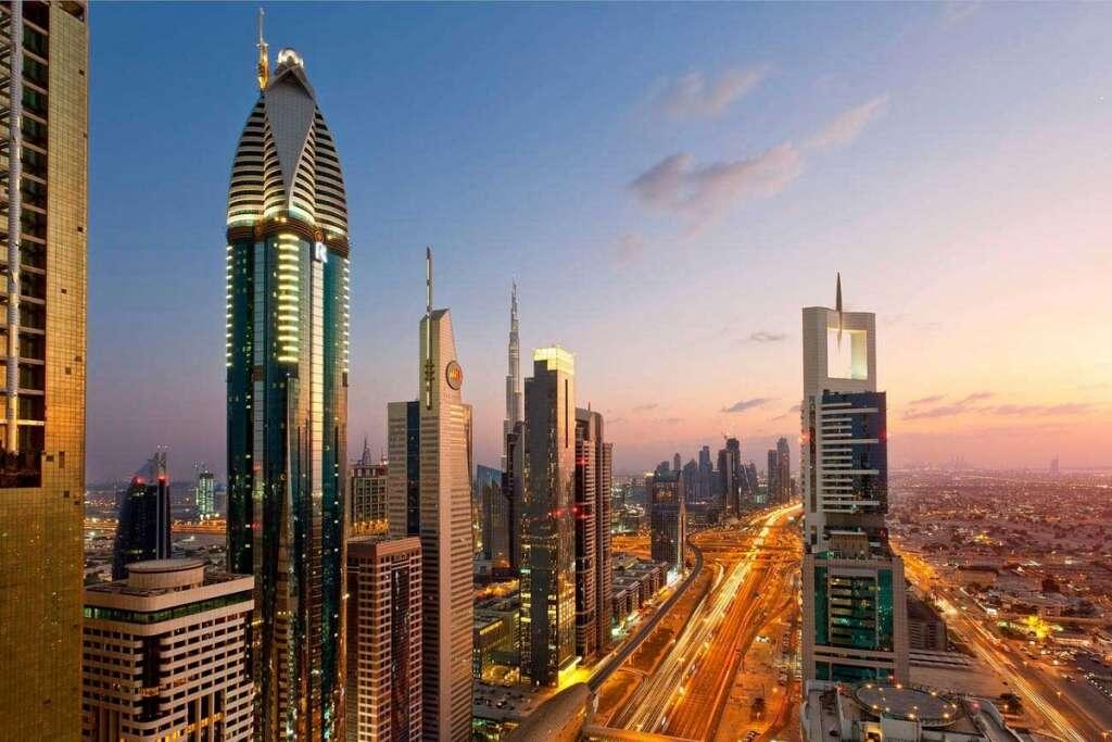 Dubai, issues, advertising, regulations, UAE executives, hail