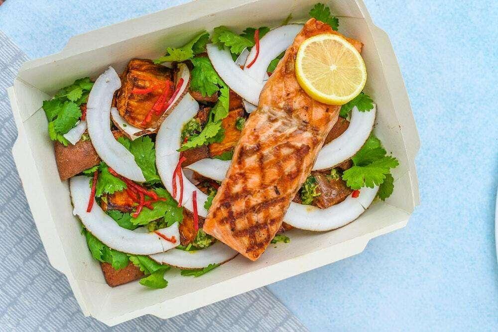 Should restaurants allow leftovers to be taken away?