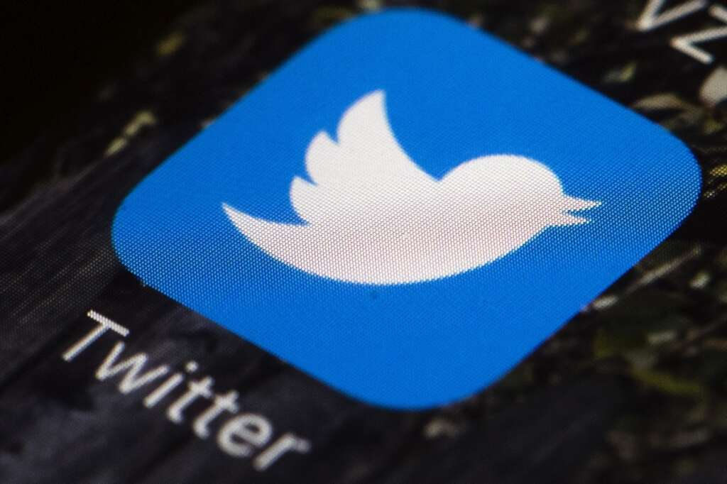 Twitter to label fake media content