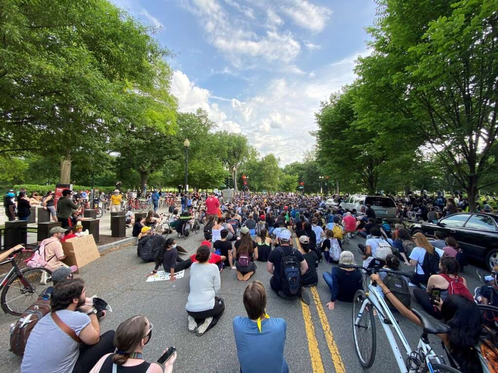 Protests, protesters, U.S. cities, death, George Floyd, defying, curfews