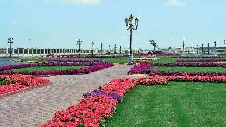 public park, sharjah, months, walkway