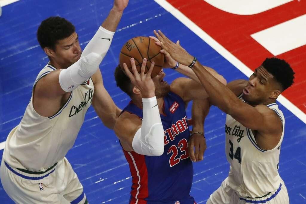 Antetokounmpo lifts Bucks; Lakers beat Utah