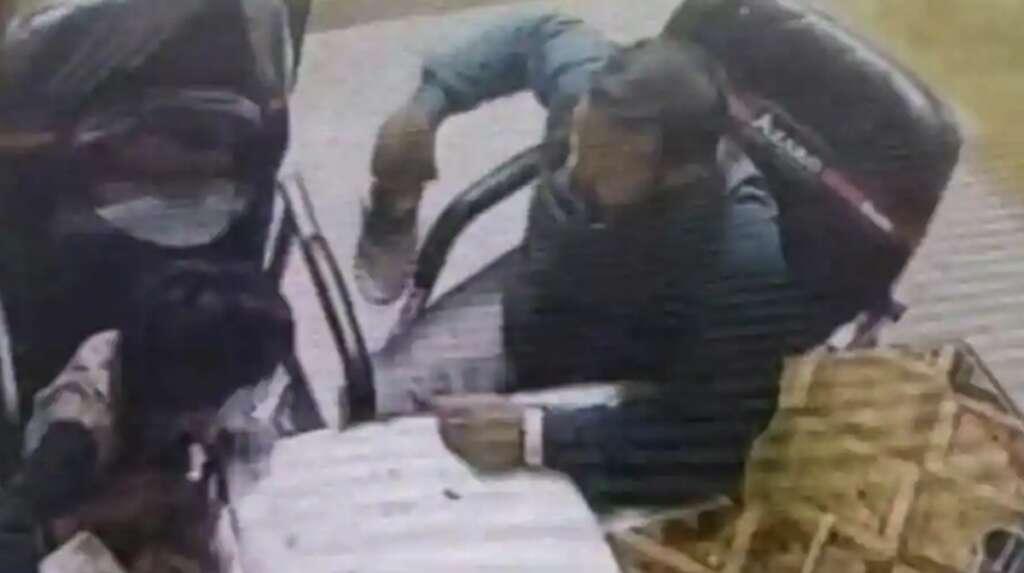 Teacher 'mercilessly' thrashes student with shoe, bites his finger