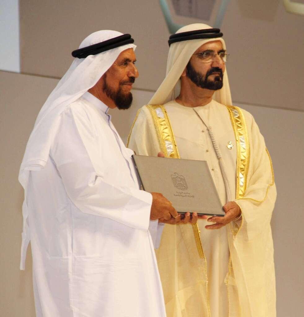 Shaikh Mohammed honours Dar Al Ber Society