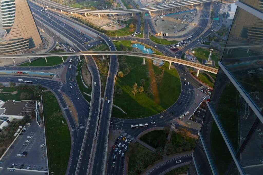 Dubai, driving, Mumbai, Karachi, car, Dubai roads