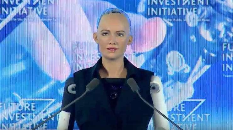 Sophia robot named among 5 knowledge ambassadors in UAE