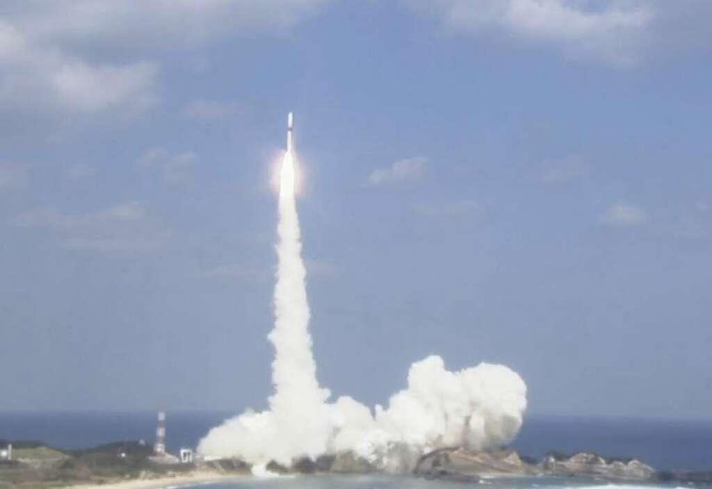 UAE successfully launches satellite KhalifaSat