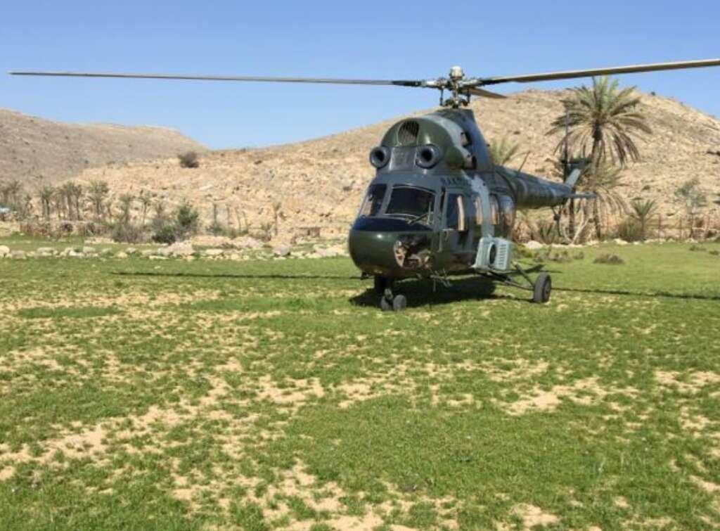 Emirati trekkers, helicopter,  UAE mountain