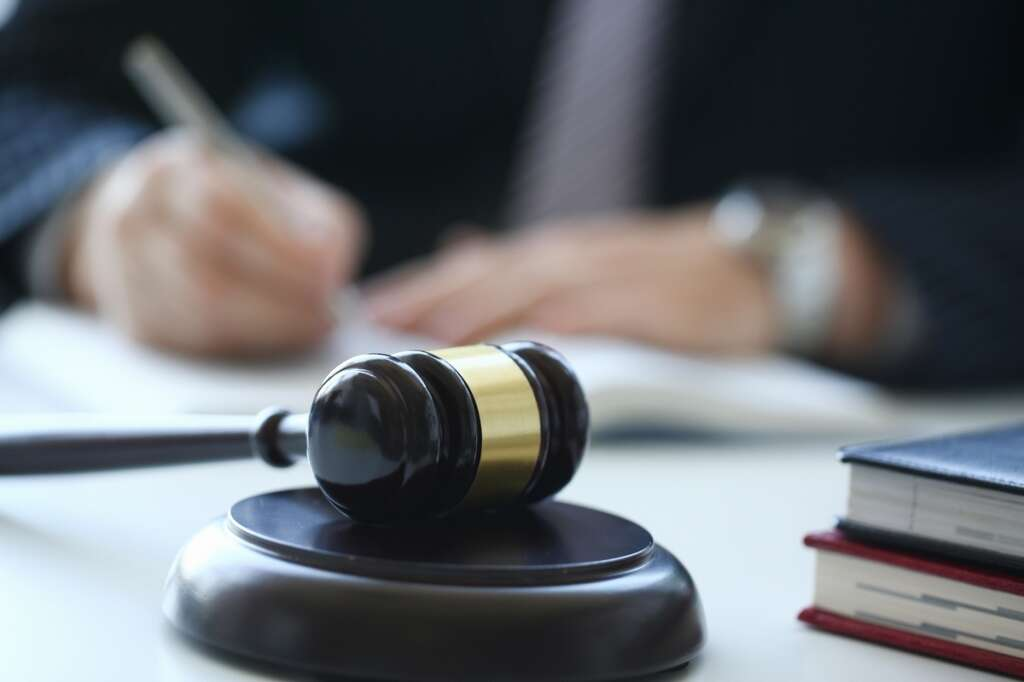 Dubai worker, employer, court, WhatsApp, crime, court