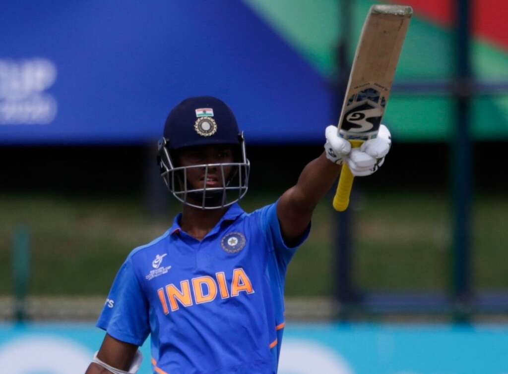 India outplay Pakistan to reach U-19 W. Cup final