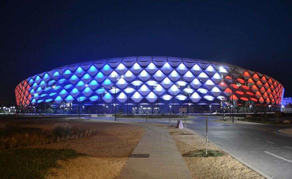 Abu Dhabi landmarks light up in Frances national colors