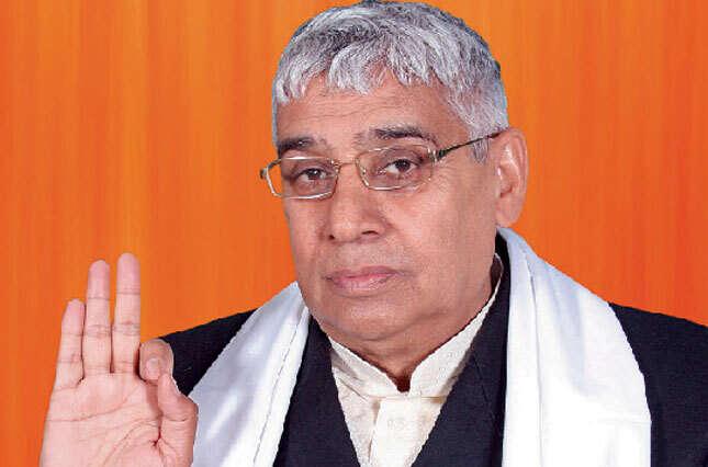 High Court cancels Indian Guru Rampals bail