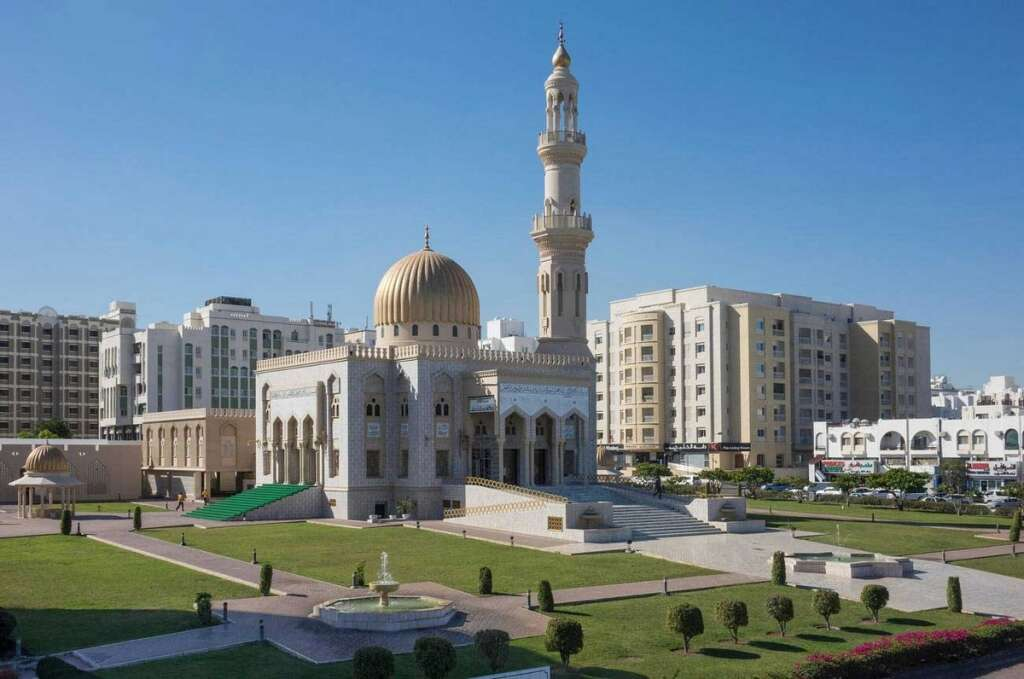 Oman, announces, visa, ban, Ministry of Manpower, expats, new rule,