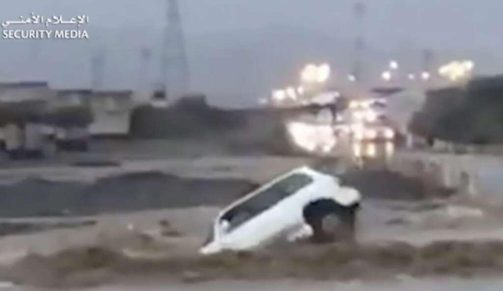 UAE police, Sharjah, wadi