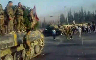 Hama assault into second day, UN revives Syria debate