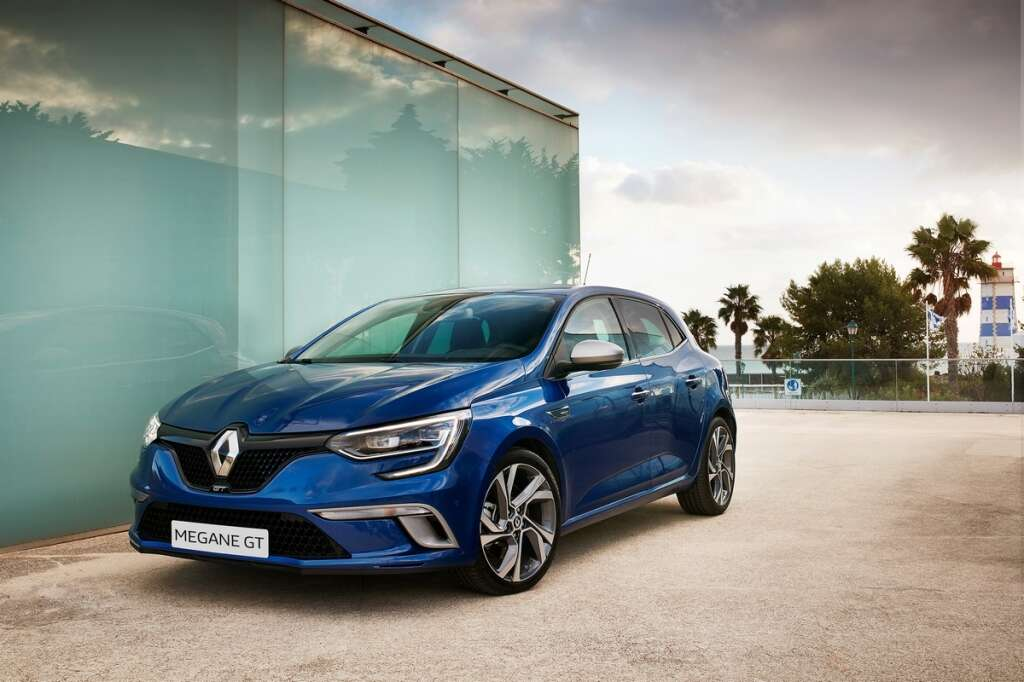 Car Review We Test The Sporty Renault Megane Gt In The Uae